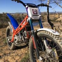 Easy maintenance and mechanical accessibility ✅  Accesibilidad mecánica y mantenimiento sencillo ✅ .  #prototype #trials #moto #startup #bornglobal #motorcyclecompany #xarxaempren #madeincatalunya #trial #madeinbarcelona #secot #motorcycle